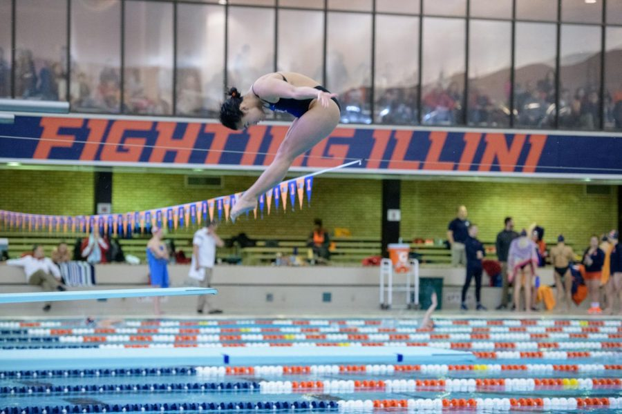 Ling+Kuhn+completes+a+dive+against+Nebraska+on+Jan.+26.+The+Illini+fell+174-126+to+the+Cornhuskers.