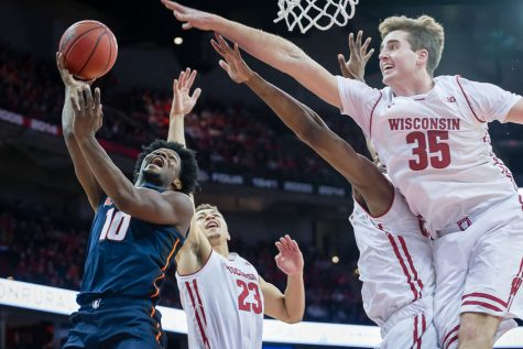 Win streak snapped as Illinois falls to Wisconsin