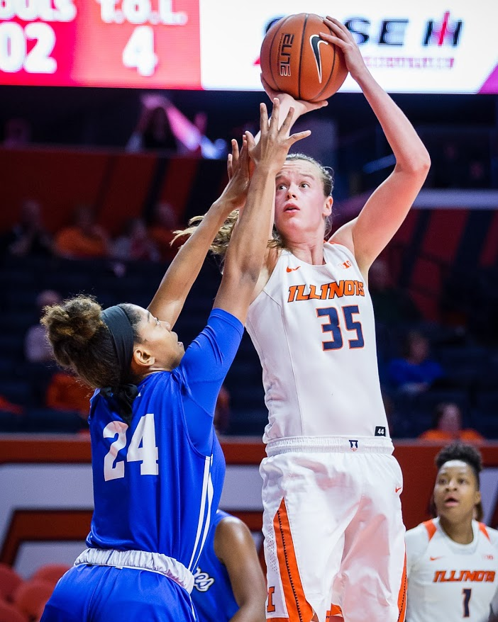Illinois+forward+Alex+Wittinger+%2835%29+shoots+the+ball+during+the+game+against+Indiana+State+at+State+Farm+Center+on+Wednesday%2C+Dec.+5%2C+2018.+The+Illini+won+75-57.
