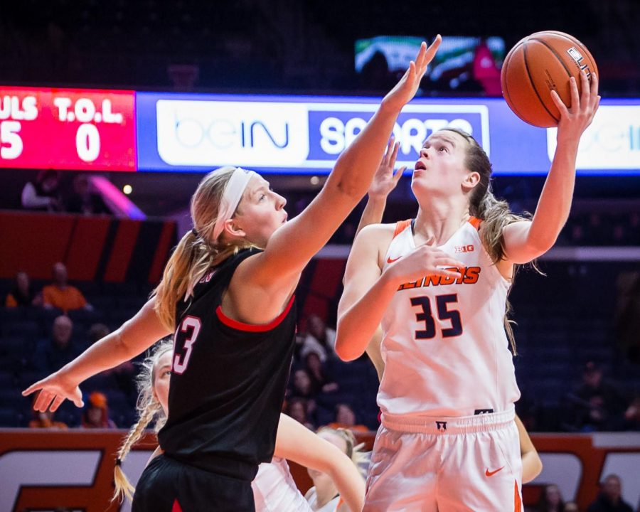 Illinois+forward+Alex+Wittinger+goes+up+for+a+layup+during+the+game+against+Nebraska+at+State+Farm+Center+on+Thursday%2C+Jan.+17%2C+2019.+The+Illini+lost+77-67.
