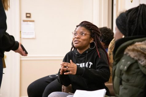 Guest lecturer discusses slavery and emancipation in Illinois