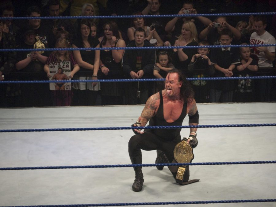 The+Undertaker+at+SmackDown+2009.+The+Undertaker+had+a+winning+streak+during+his+first+21+WrestleMania+events.+Columnist+Noah+explains+the+pointlessness+of+The+Undertaker+continuing+his+career+after+his+winning+streak+is+broken.