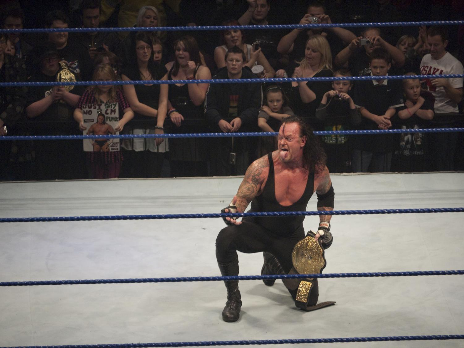 The Undertaker at SmackDown 2009. The Undertaker had a winning streak during his first 21 WrestleMania events. Columnist Noah explains the pointlessness of The Undertaker continuing his career after his winning streak is broken.