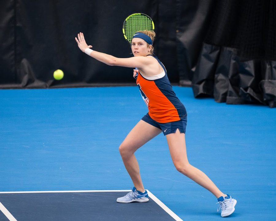 Illinois' Jaclyn Switkes gets ready to return the ball during the match against Notre Dame at Atkins Tennis Center on Feb. 8, 2019. The Illini won 4-3.
