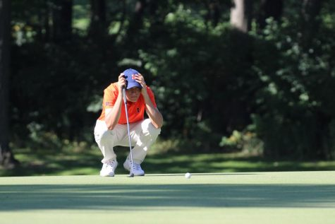 Illinois women's golf team trying to forget about past