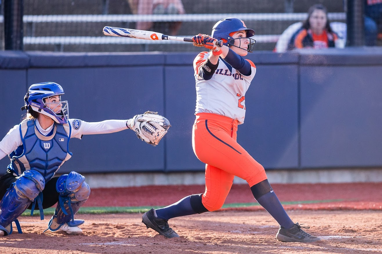 Illinois left fielder Carly Thomas (25) hits the ball during the game against Eastern Illinois at Eichelberger Field on March 26. The Illini won 8-7 in 8 innings.
