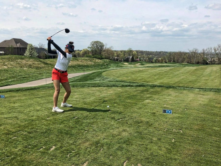 Bing+Singhsumalee+golfs+at+the+Big+Ten+Championships+at+Mainesville%2C+Ohio.+The+Illinois+women%E2%80%99s+golf+team+is+headed+to+Michigan+for+the+NCAA+women%E2%80%99s+golf+regional+Monday-Wednesday.+