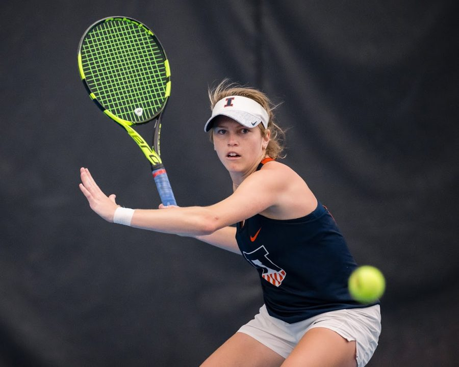 Illinois' Jaclyn Switkes gets ready to return the ball during the match against Rutgers at Atkins Tennis Center on Friday, March 29, 2019. The Illini won 6-1.