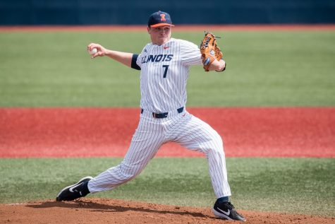 Illinois set tone for road series win over Minnesota
