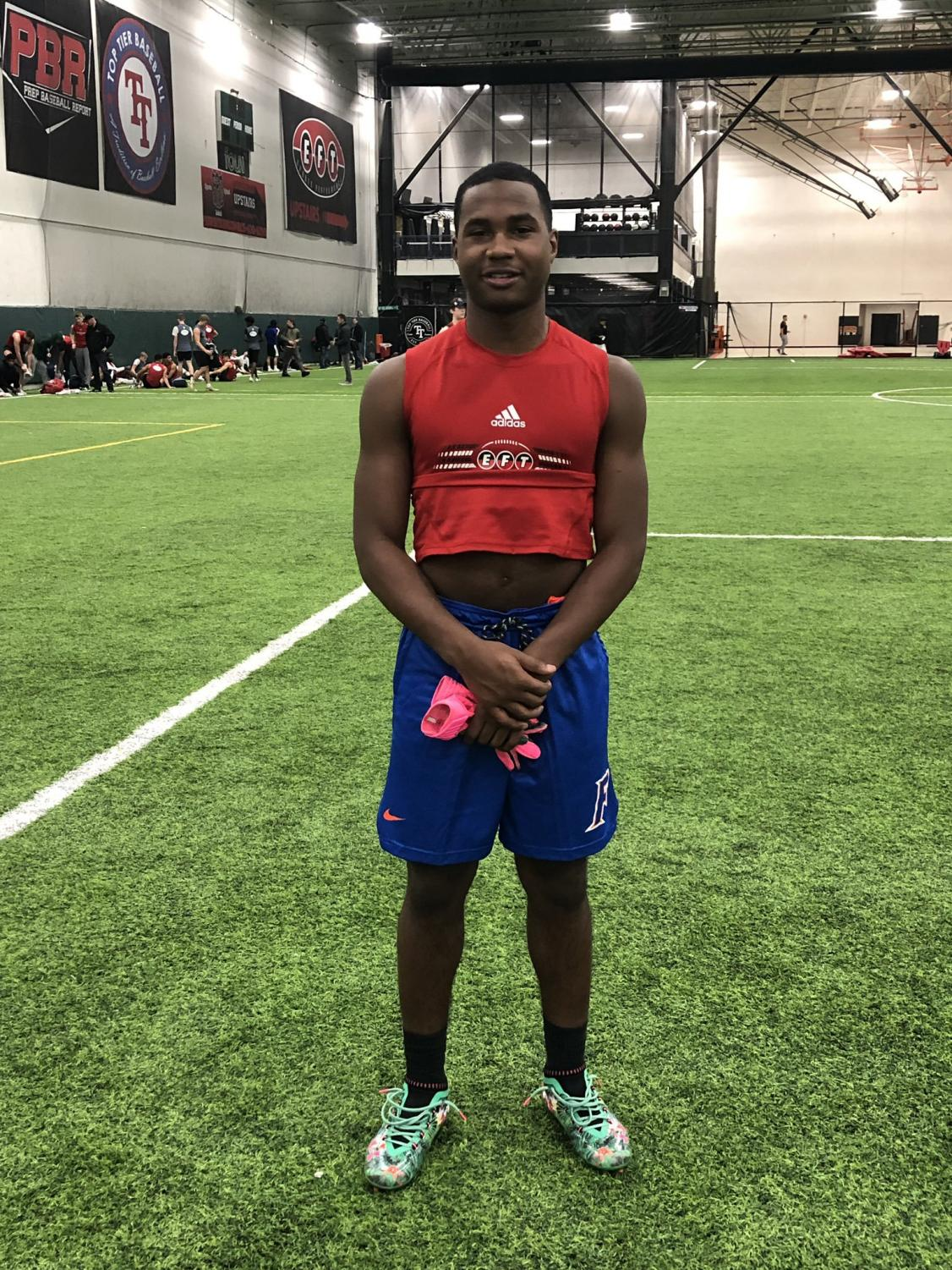 Fourteen year-old Illinois Football prospect, Jaylon Mckenzie passed away Saturday due to complications from a gunshot wound.