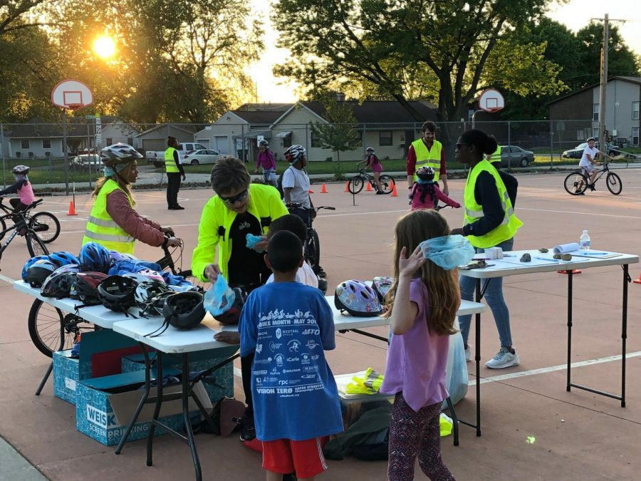 Children+navigate+through+cone+courses++in+the+Champaign-Urbana+Mass+Transit+Department+Bike+Rodeo.+The+event+was+part+of+the+Spring+Fling+event+hosted+by+CommUnity+Matters+on+Monday.