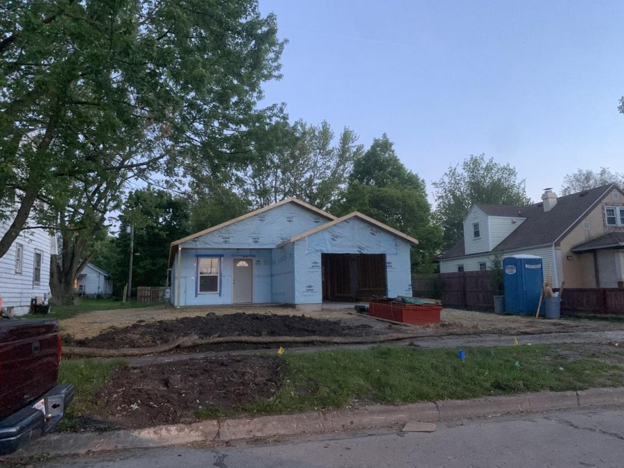 The City of Champaign and Habitat for Humanity worked together last week on this house in Champaign. The group collaborated as an effort to contribute to National Public Service Recognition Week.