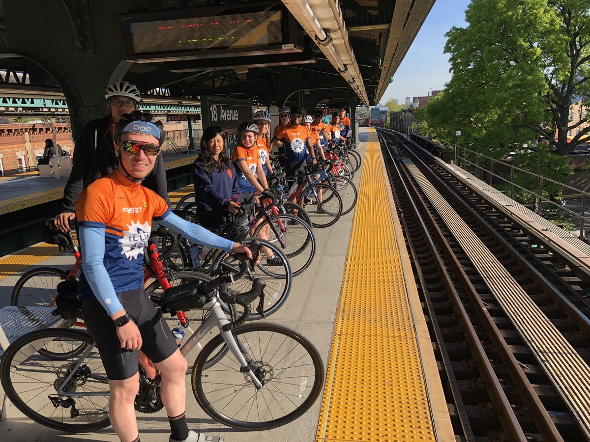 Illini 4000 riders in New York City on May 18, the first day of their 78-day cross country bike trip.