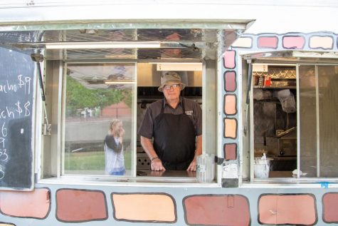 Cracked goes from food truck to Chicago-area chain | The