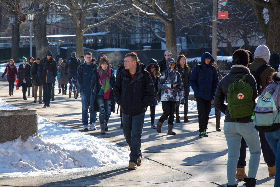 People walk on the Main Quad on Jan. 17, 2018. Coming from another country, Illinois can reap many surprises — in the form of weather, communication and restaurant options.