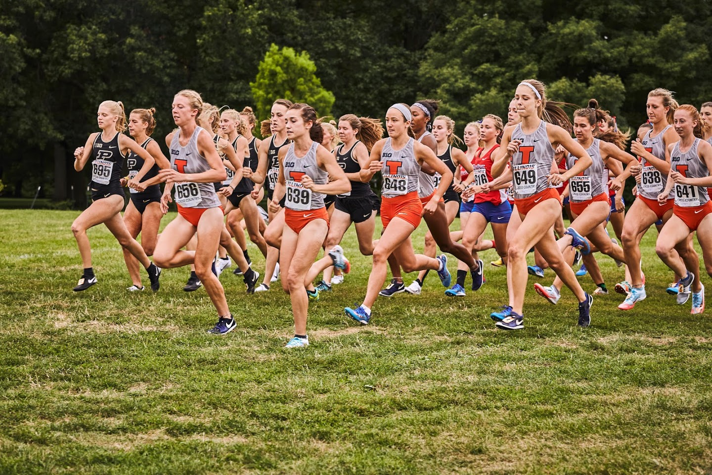 The women's cross country team kicks off its fall campaign on Friday. Both the women's and men's teams dominated the Illini Open.