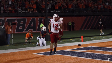 Illini fall under Saturday night lights