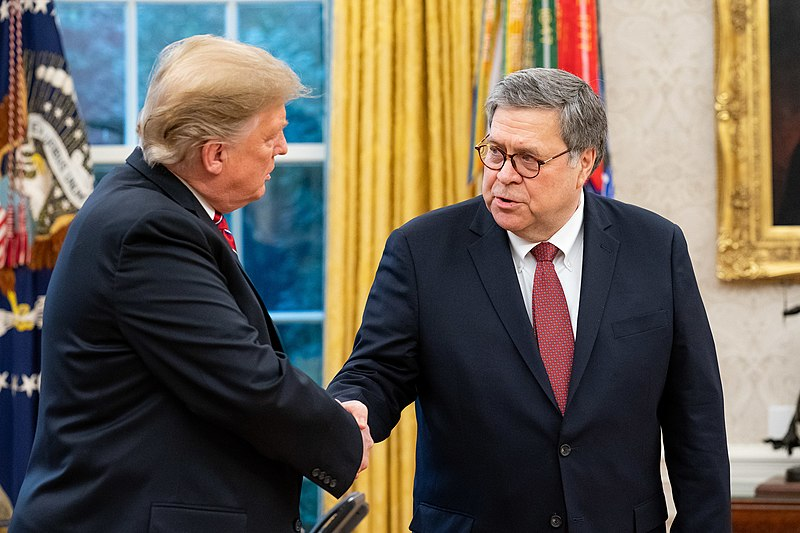 President+Donald+Trump+and+Attorney+General+William+Barr+shake+hands.+Columnist+Andrew+argues+the+Department+of+Justice+does+not+prioritize+justice+as+it+should.