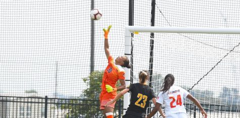 Illinois Goal Keeper Jaelyn Cunningham (30) defends the goal at Ohio State on Sunday. The Illini tied 0-0 with Ohio State