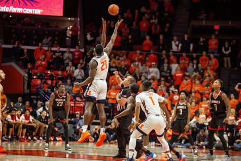 Illinois earns second regular-season victory over Grand Canyon