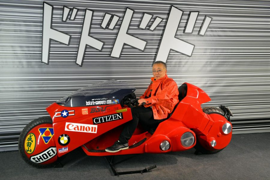Katsuhiro+Otomo+riding+Kaneda%E2%80%99s+motorcycle+at+Angoul%C3%AAme+International+Comics+Festival+on+Jan.+27%2C+2016.+Columnist+Dylan+recognizes+the+film+%E2%80%9CAkira%E2%80%9D+predicted+many+of+the+political%2C+social+and+economic+issues+in+2019.