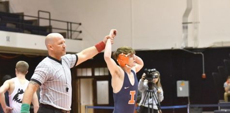 Illinois bests Northern Illinois in first home meet of the season