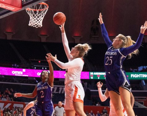 Illinois drops third-straight Big Ten opener to Northwestern