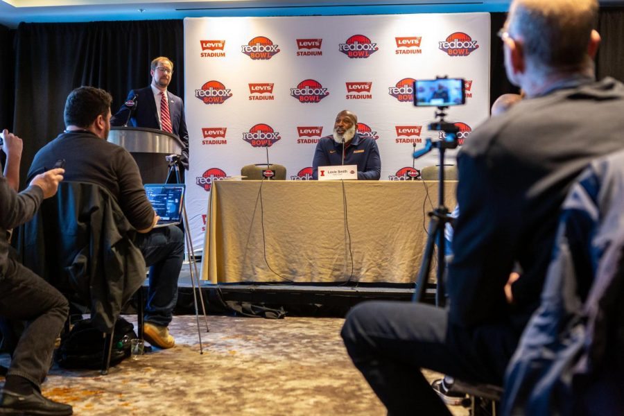 Photo Gallery: Redbowl pre-game press conference