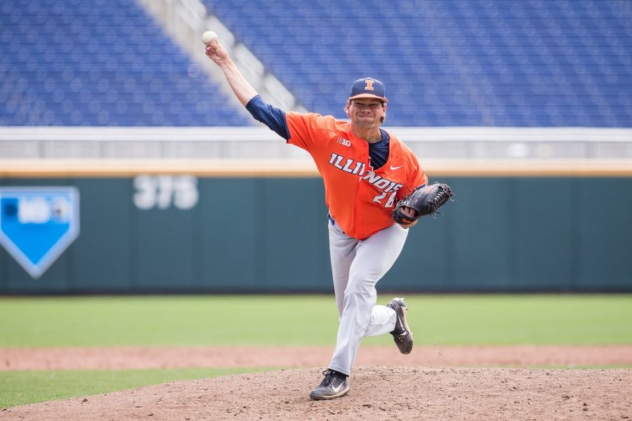 Illinois closing pitcher Garrett Acton throws out a pitch during Illinois' game against Michigan in the Big Ten Tournament at TD Ameritrade Park on May 23. The Illini are set to start their 2020 season on Feb. 14.