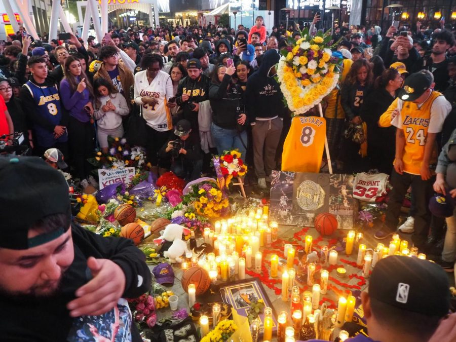 Mourners+gather+at+the+Kobe+Bryant+memorial+at+the+Staples+Center+in+Los+Angeles+on+Jan.+26%2C+2020.+Tributes+to+Bryant+continue+worldwide+following+the+former+NBA+great+died+in+a+helicopter+accident+Sunday%2C+Jan.+26.