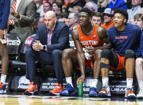 Illinois climbs to No. 19 in latest Associated Press Top-25 poll