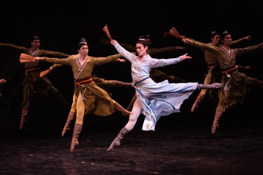 The+Shanghai+Ballet+performs+at+the+Krannert+Center+for+Performing+arts+on+Jan.+29.+The+dance+group+debuted+their+original+performance+of+%E2%80%98Butterfly+Lovers%E2%80%99+on+Jan.+28.