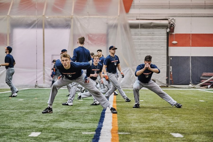 Illinois+baseball+team+stretches+during+warm+ups+for+indoor+practice+at+the+Irwin+Indoor+Practice+Facility+on+Feb.+5.+Illinois+will+open+its+2020+campaign+against+Milwaukee+in+North+Carolina+Friday.+