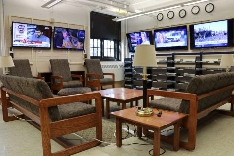 The Communications Library is located inside the Gregory Hall near the west entrance. It features a quiet study floor as well as an interactive media basement.