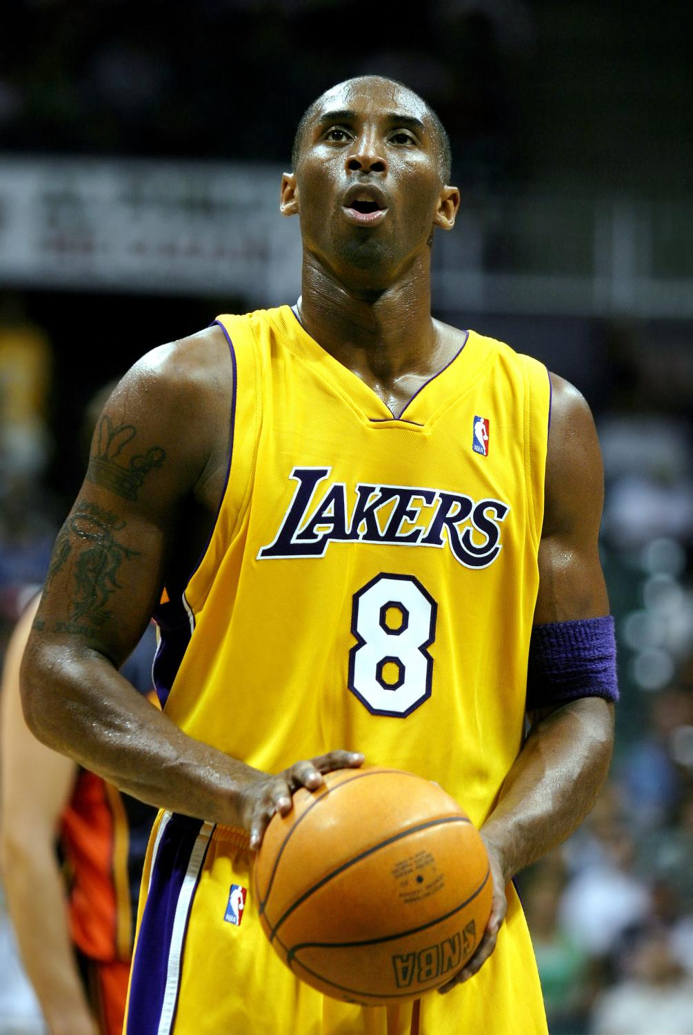 Kobe Bryant shooting at the free throw line during a pre-season NBA game in 2005.
