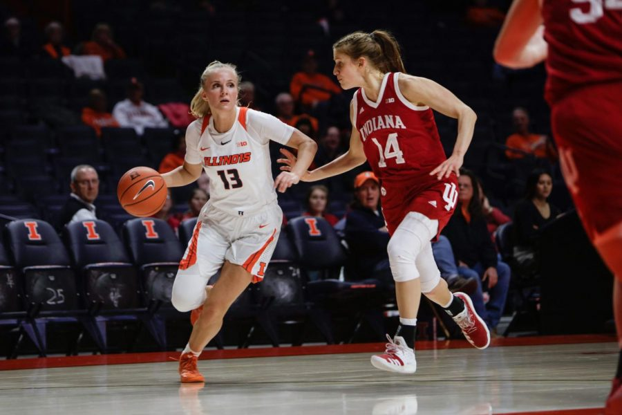 Petra+Hole%C5%A1%C3%ADnsk%C3%A1+drives+from+the+three-point+line+against+Indiana+on+Feb.+13.+The+Illini+fell+to+the+Hoosiers+59-54
