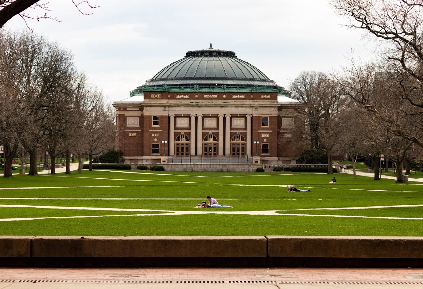 University provides students with COVID-19 summer grants | The Daily Illini