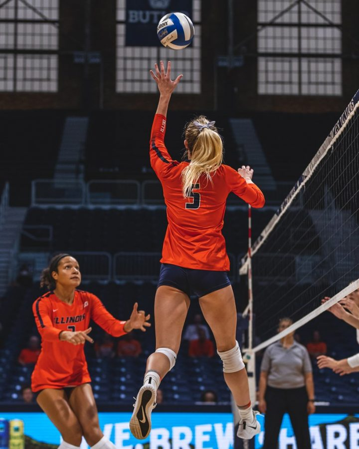 Junior Kylie Bruder sets the ball during the match against Loyola Marymount on Sept. 21, 2019.