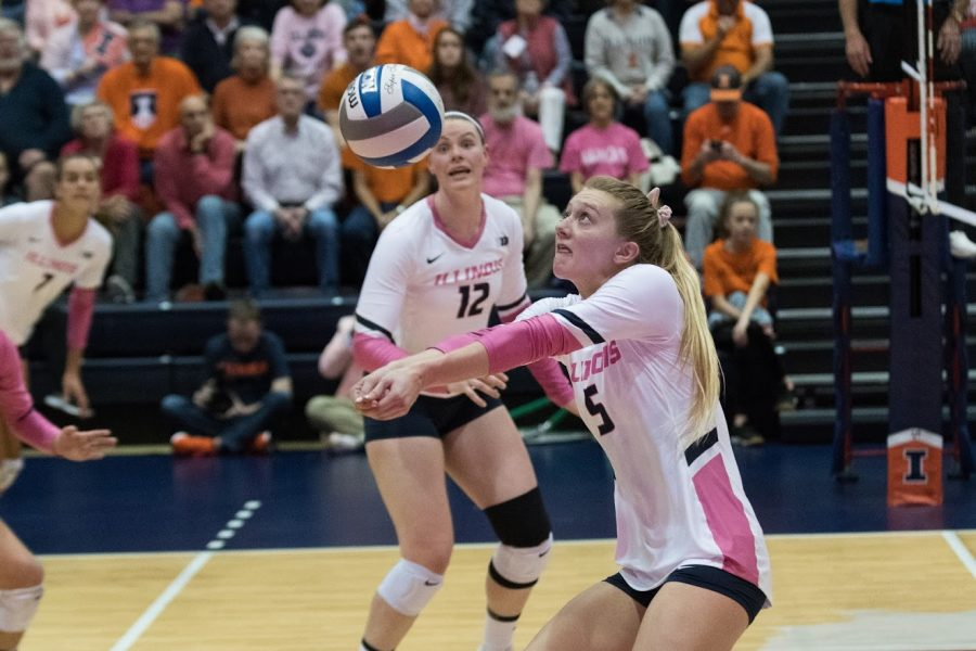 Illinois Redshirt Sophomore Diana Brown sets the ball during the match against Ohio State on Oct. 26, 2019.