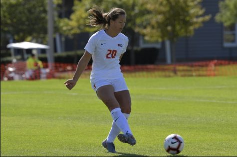 Sophomore Forward Makena Silber passes the ball during the match against Michigan State on Oct. 13, 2019.