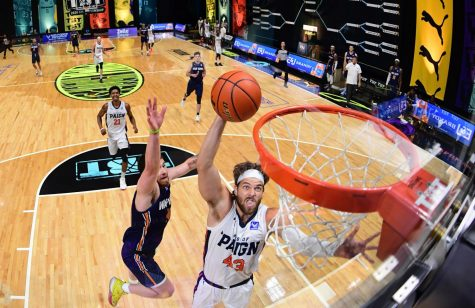 House of Paign player Michael Finke goes for a dunk during their match against War Tampa on Saturday at Nationwide Arena in Columbus, OH.