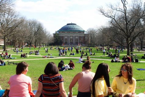 Crowds gather on the main quad to enjoy the weather during Mom's Weekend on April 6, 2019.