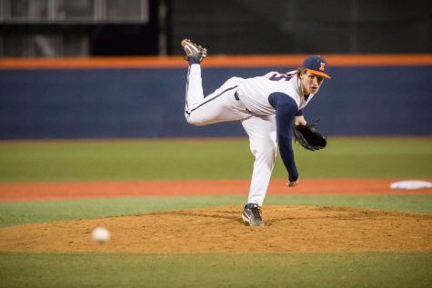 Illinois pitcher Joey Gerber (35) delivers the pitch during the game against Rutgers at Illinois Field on Friday, April 13, 2018