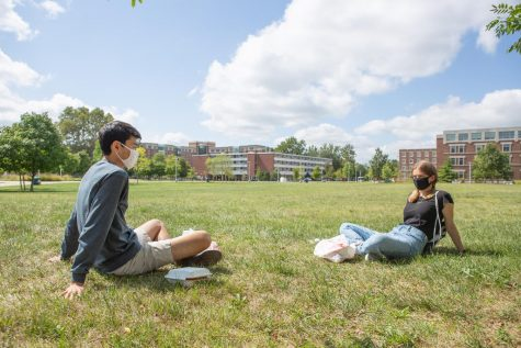 Students reflect on adjusting to COVID-19 college life