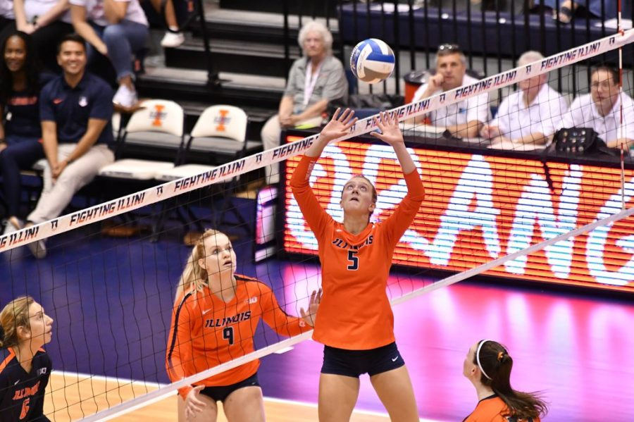 Redshirt+sophomore+Diana+Brown+sets+the+ball+during+the+Orange+vs+Blue+Scrimmage+on+Aug.+24%2C+2019.+Following+her+redshirt+season%2C+Brown+has+looked+to+establish+leadership+on+the+court.