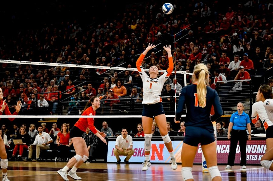 Former+Illini+Jordyn+Poulter+sets+the+ball+during+the+Final+Four+match+against+Nebraska+on+Dec.+13%2C+2018.+Although+the+Big+Ten+and+Pac-12+conferences+were+canceled+this+fall%2C+the+NCAA+still+plans+on+holding+a+tournament+in+the+spring+comprised+of+Power-5+conferences.