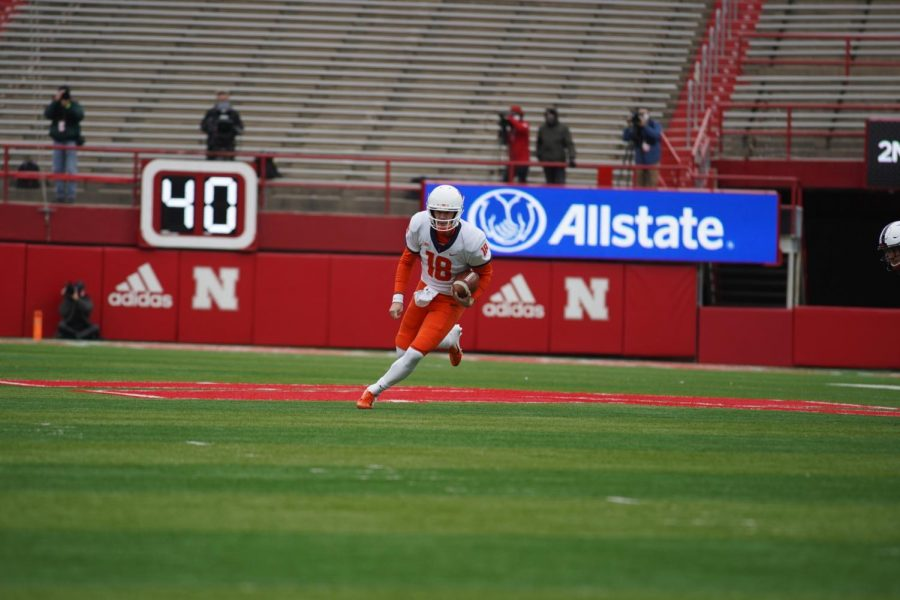 Quarterback Brandon Peters runs with the ball during the game against Nebraska on Saturday. The Illini won 41-23.
