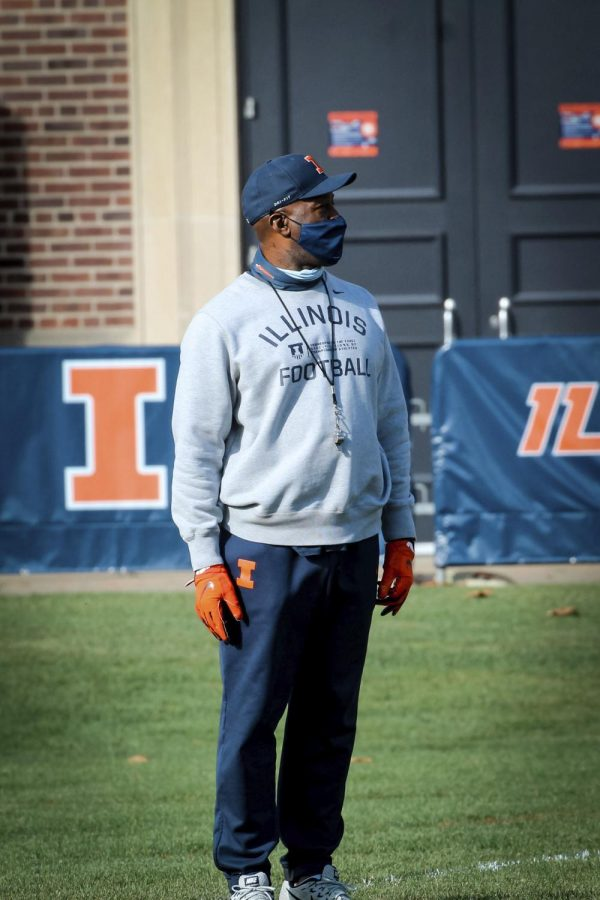 Head coach Lovie Smith instructs his team during practice on Oct. 1. After two losses to start the season, the Illini are counting on a strong performance this Saturday.