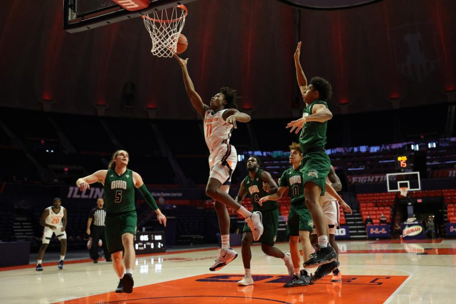 Ayo Dosunmu puts up a lay-up in Illinois' game against Ohio on Friday. The Illini