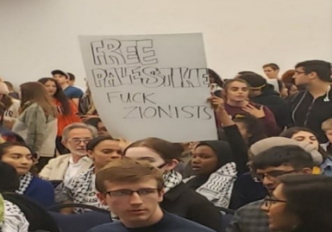 Students protest at an ISG meeting on Oct. 23, 2019. The ISG was debating a resolution regarding the conflation of Anti-Zionism with Anti-Semitism.